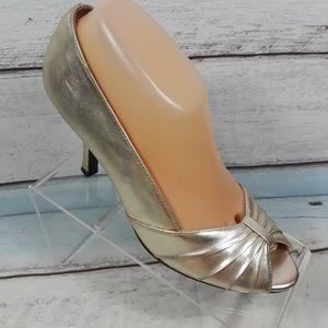 Massimo Women's Gold Peep Toe Heels Shoe 9